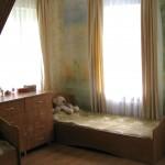 Ein Mädchenzimmer im Internat von Schetinin