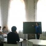 Wahlunterricht am Nachmittag in der Schetininschule. Hier wird Kasachisch gelernt.